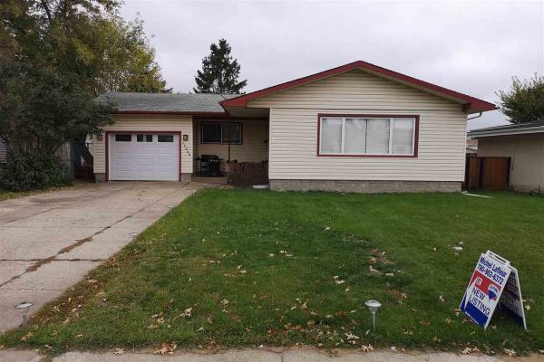 15208 93 Street, Edmonton