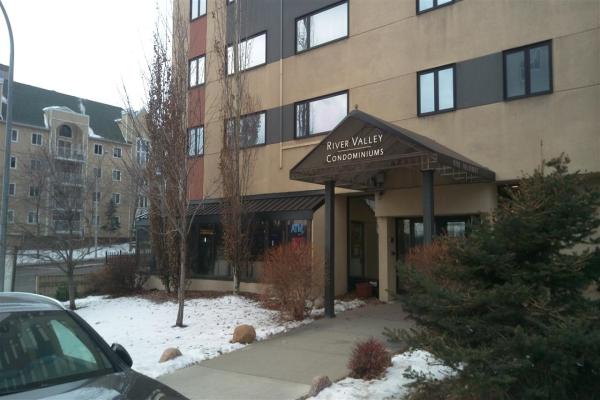 101 9710 105 ST Street, Edmonton