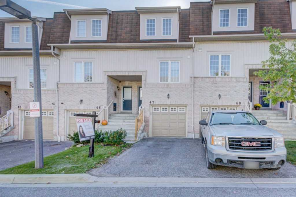 735 Sheppard Ave N, Pickering