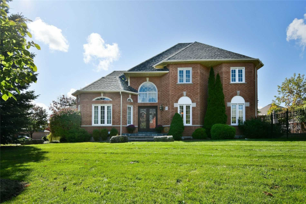 31 Freeston Cres, Ajax