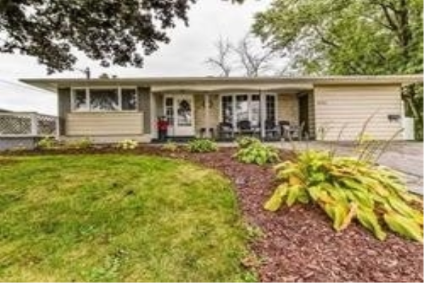 927 Annes St, Whitby