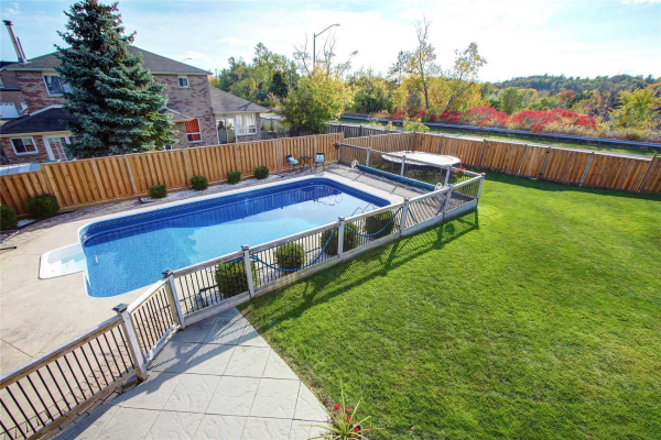 1575 Somergrove Cres, Pickering