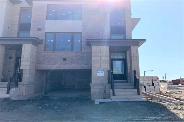 83 Donald Fleming Way, Whitby