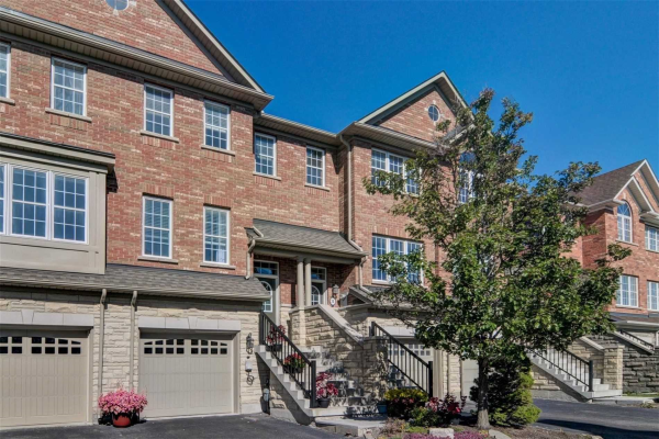 26 Golden Spruce Lane, Vaughan