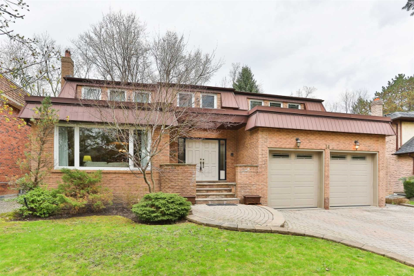 14 Village Squire Lane, Markham