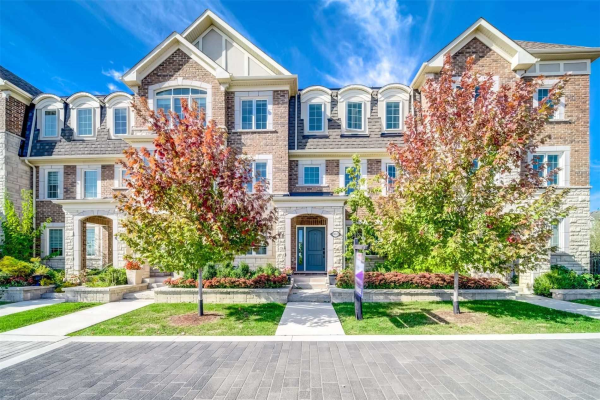 3045 George Savage Ave, Oakville