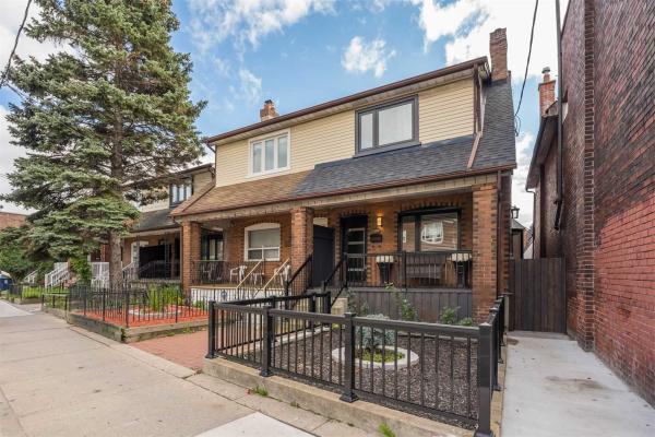 1945 Davenport Rd, Toronto