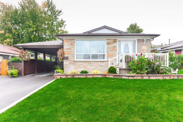 15 Northwood Dr, Brampton