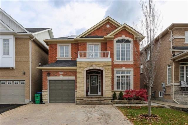 3884 Bloomington (Lower) Cres, Mississauga