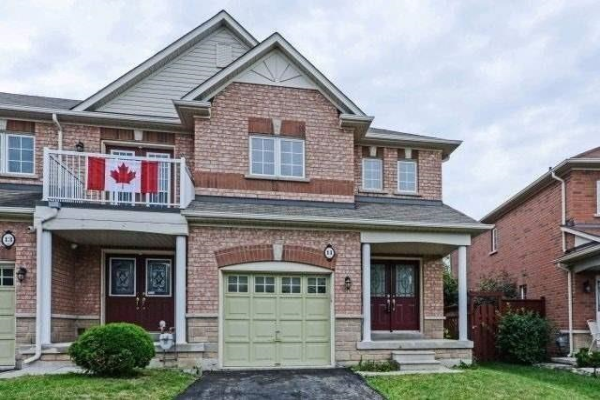 11 Copperfield Rd, Brampton