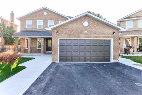 16 Parthenon Sq, Brampton