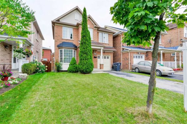 48 Upper Highlands Dr, Brampton