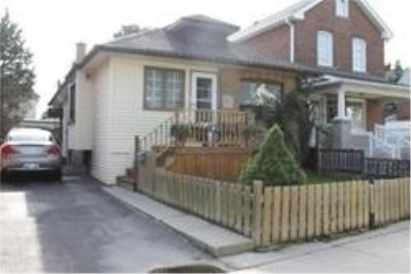 34 Holley Ave, Toronto