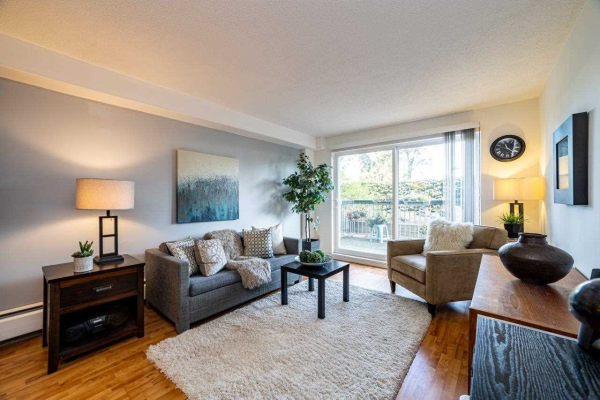 108 774 GREAT NORTHERN WAY, Vancouver