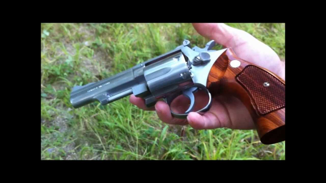 Smith and Wesson Model 66, .357 Magnum Revolver-- Quick Clips