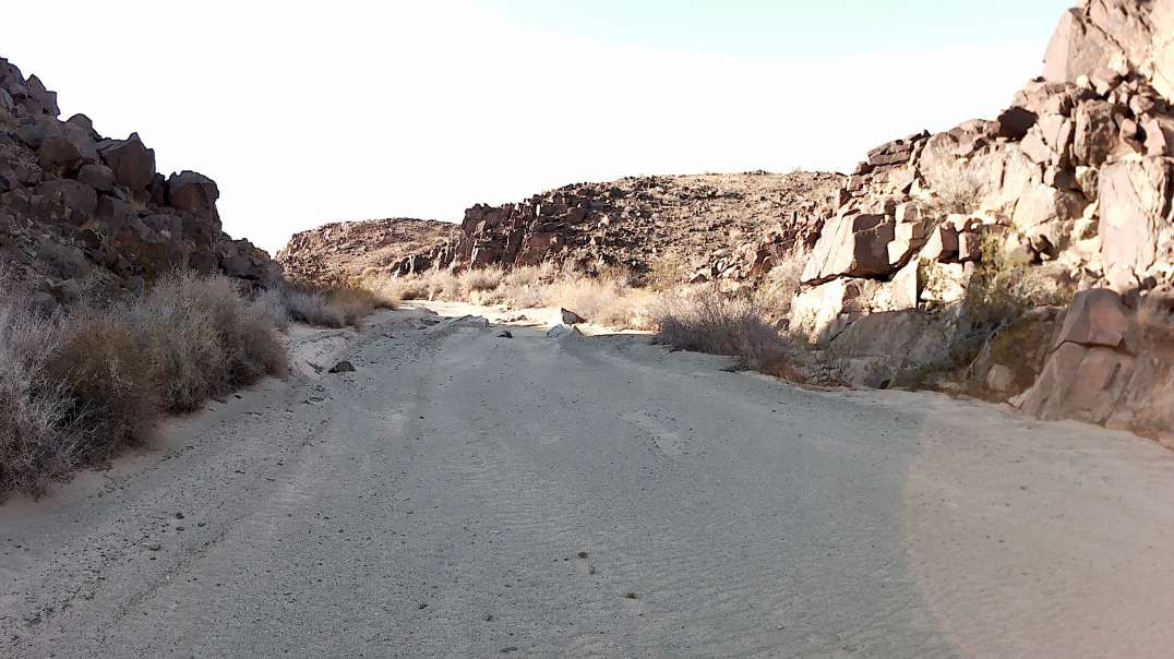 From Lear Rd into the Old Dale Minining District (Offroad Trip)