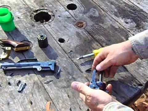 Disassembling the 1851 navy.wmv