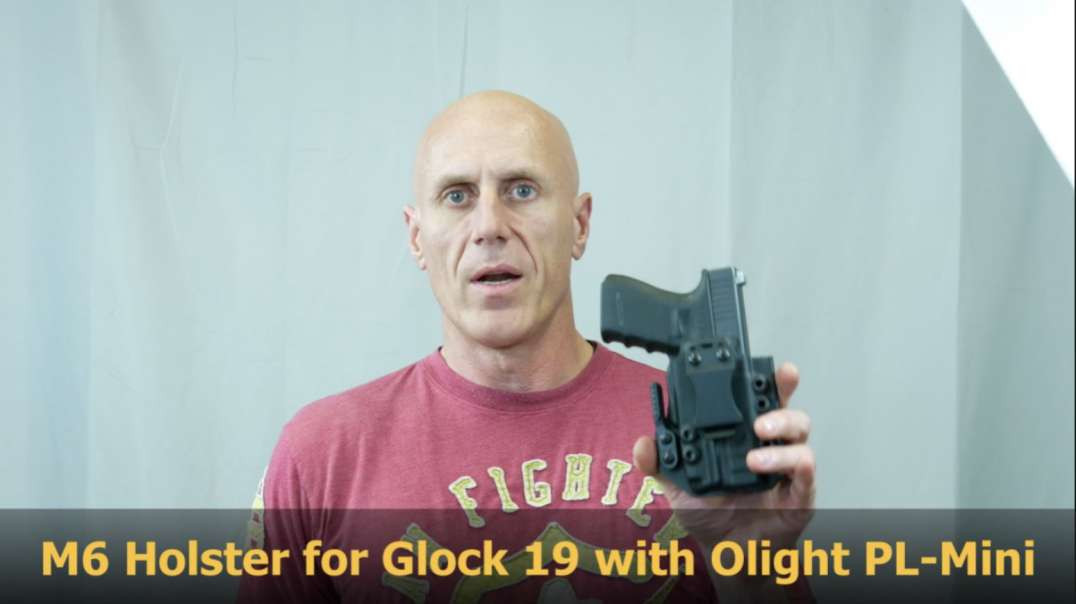 Werkz M6 Holster for the Glock 19 with the Olight PL-Mini Valkyrie