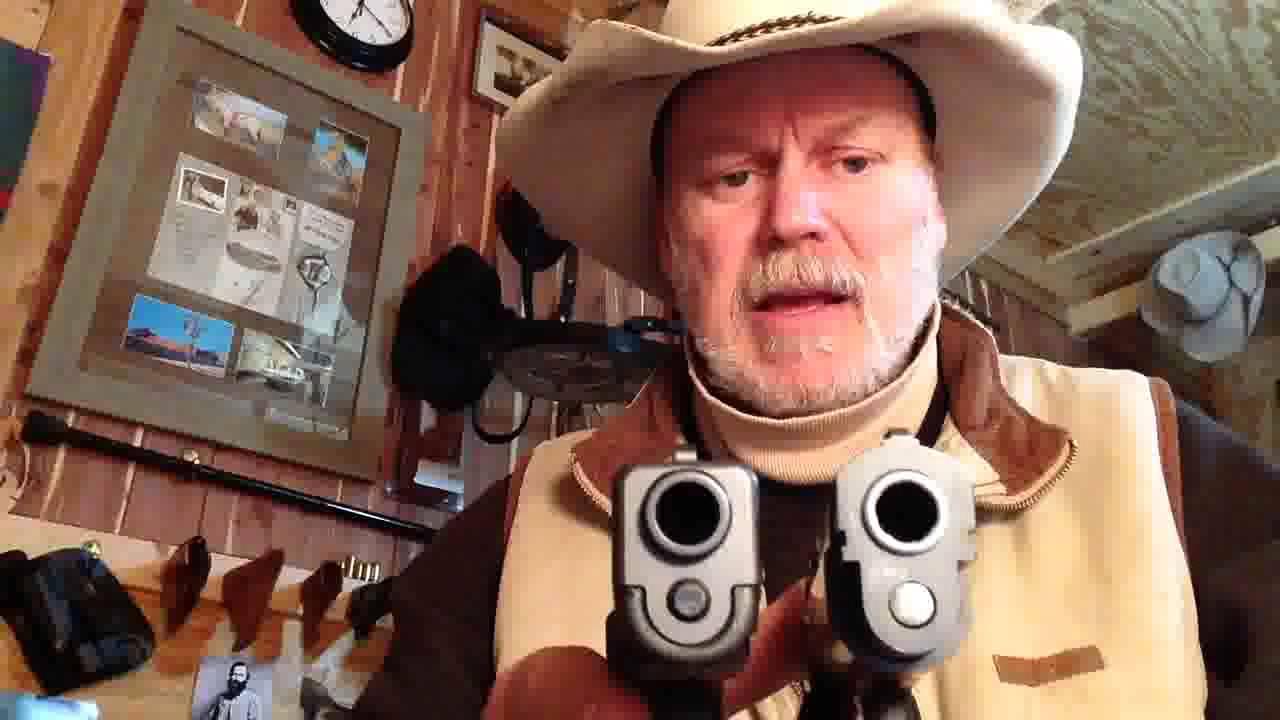 Glock19 vs. EAA Compact Witness
