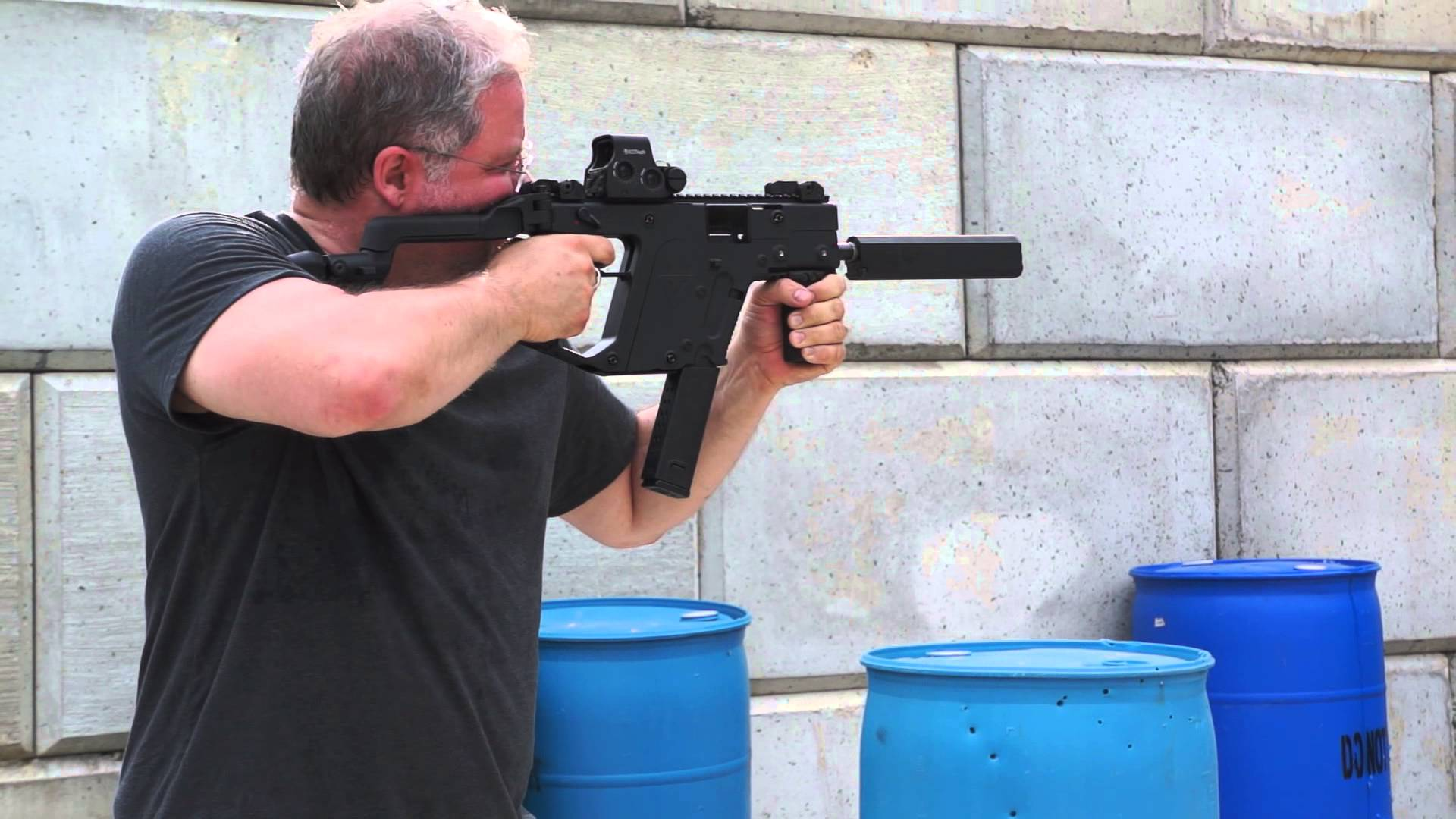 SHOOTING A KRISS VECTOR 45 ACP SBR WITH SUPPRESSOR BY OSPREY.