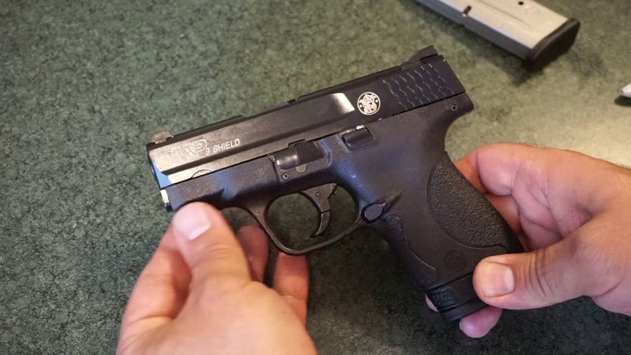 Smith & Wesson Shield 1.0 9mm Table Top Review: Should you buy one?
