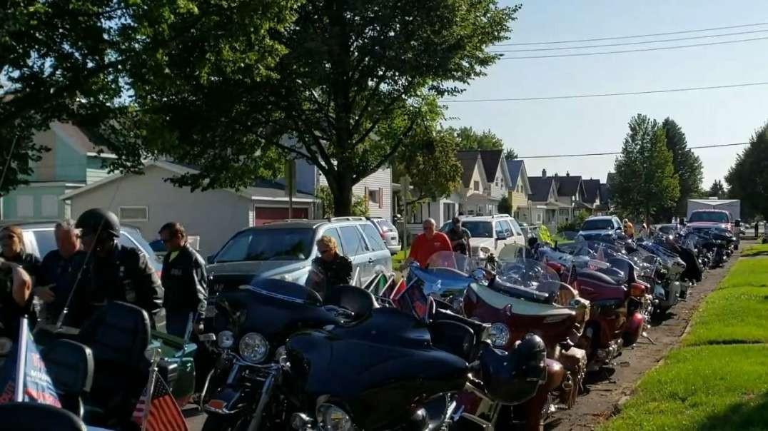 Bike gang invades my neighborhood !!!