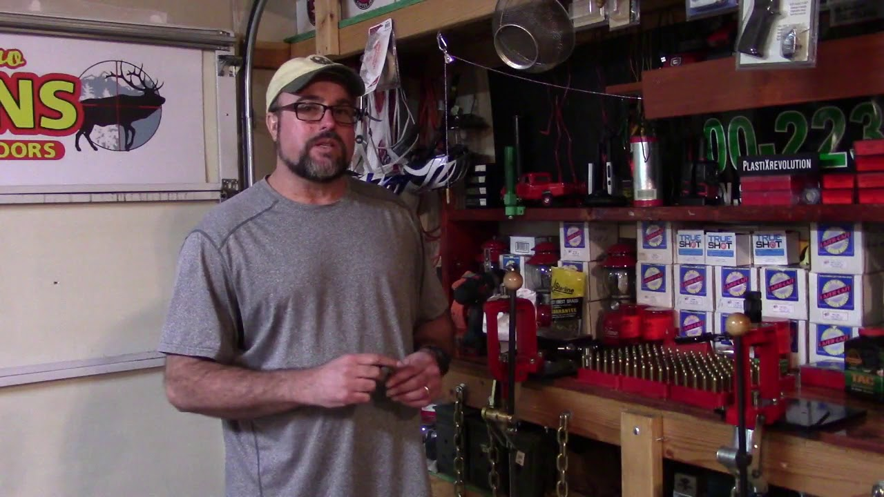 Lee Beginning Reloading, Video 40, World's Finest Trimmer Identifies Improper Headspace