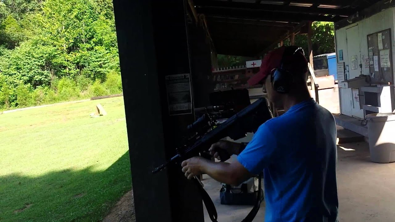Steyr Aug at the range! AM4L 24 of 30
