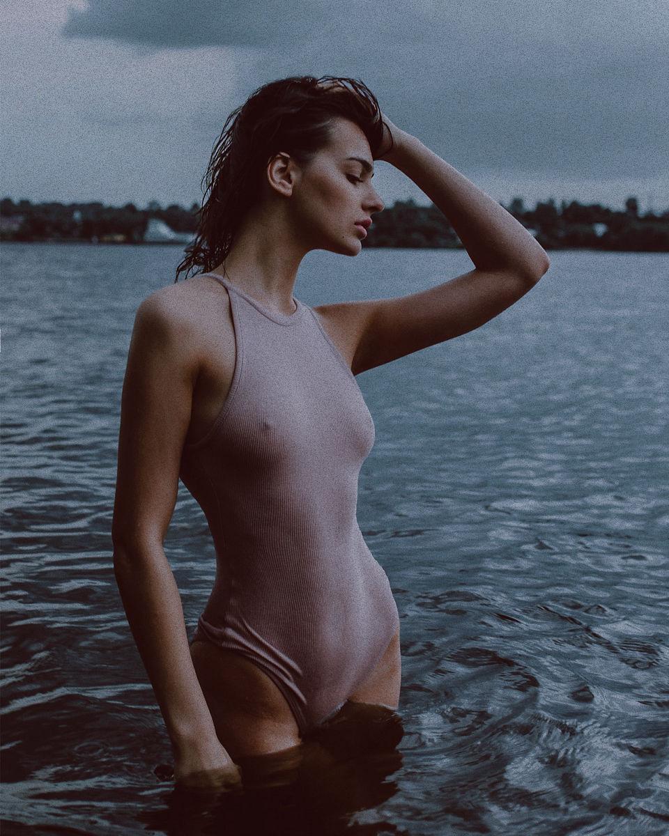 39158321/model-alena-bobkova-photograph-ivan-tuzhikov2.jpg